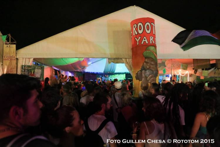 Benicassim, 18/08/2015 - Sunsplash 2015 - ROOTS YARD/COMBE CAPELLE - Photo by Guillem Chesa © Rototom 2015