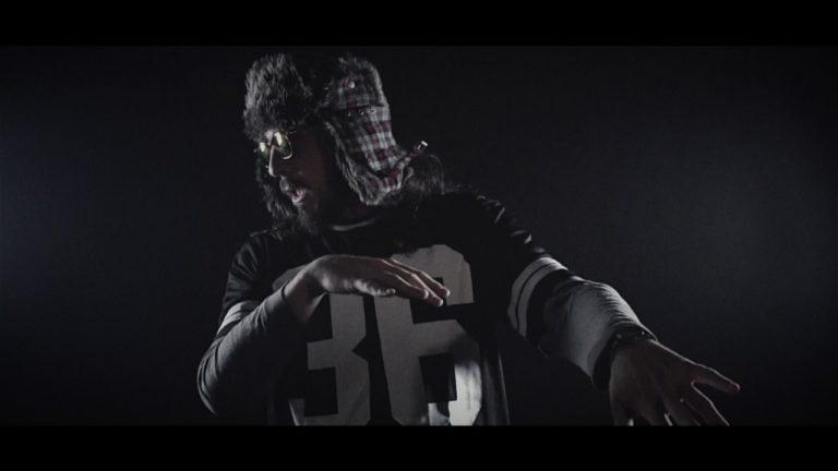 Barbass Sound feat. Yeyo Pérez – Etiketa (Official Video)